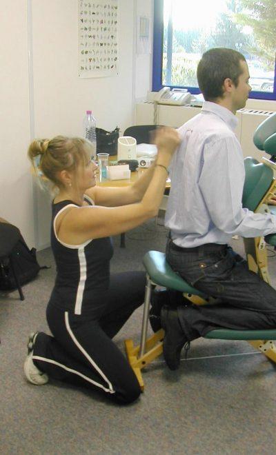séance de massage assis